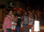 10-04-06-hooters-002